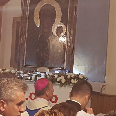 Uroczysta Msza Święta celebrowana przez JE ks. bp. Marka SolarczykaJ